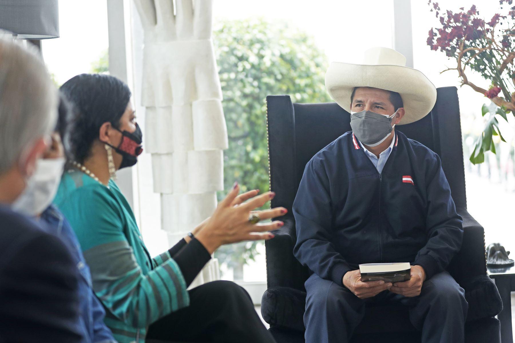 El presidente Pedro Castillo a la ciudad de México, donde asistirá mañana a la VI Cumbre de la Comunidad de Estados Latinoamericanos y Caribeños (Celac). Foto: ANDINA/Prensa Presidencia