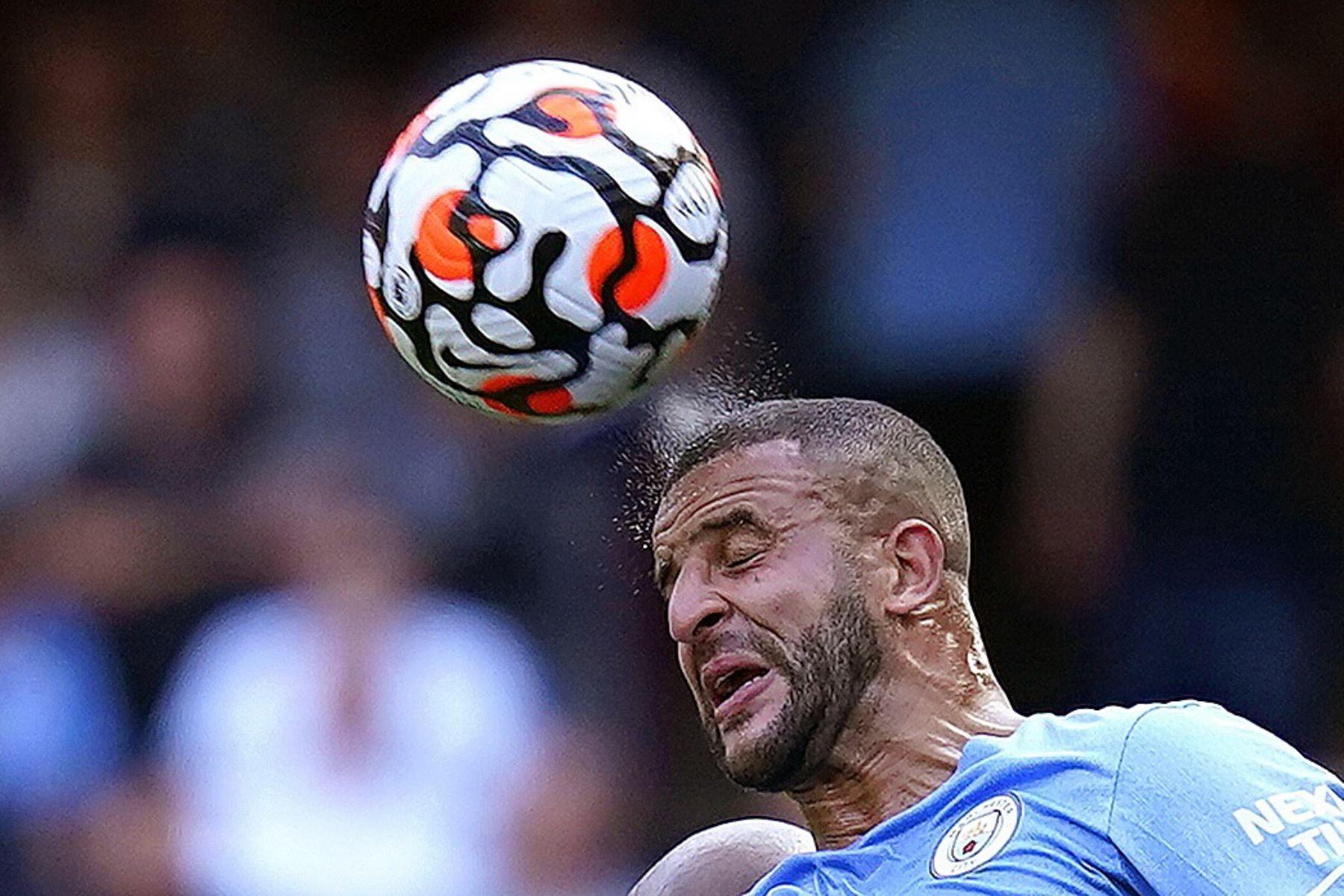 Kyle Walker del Manchester City en acción durante el partido de la Premier League. Foto: EFE