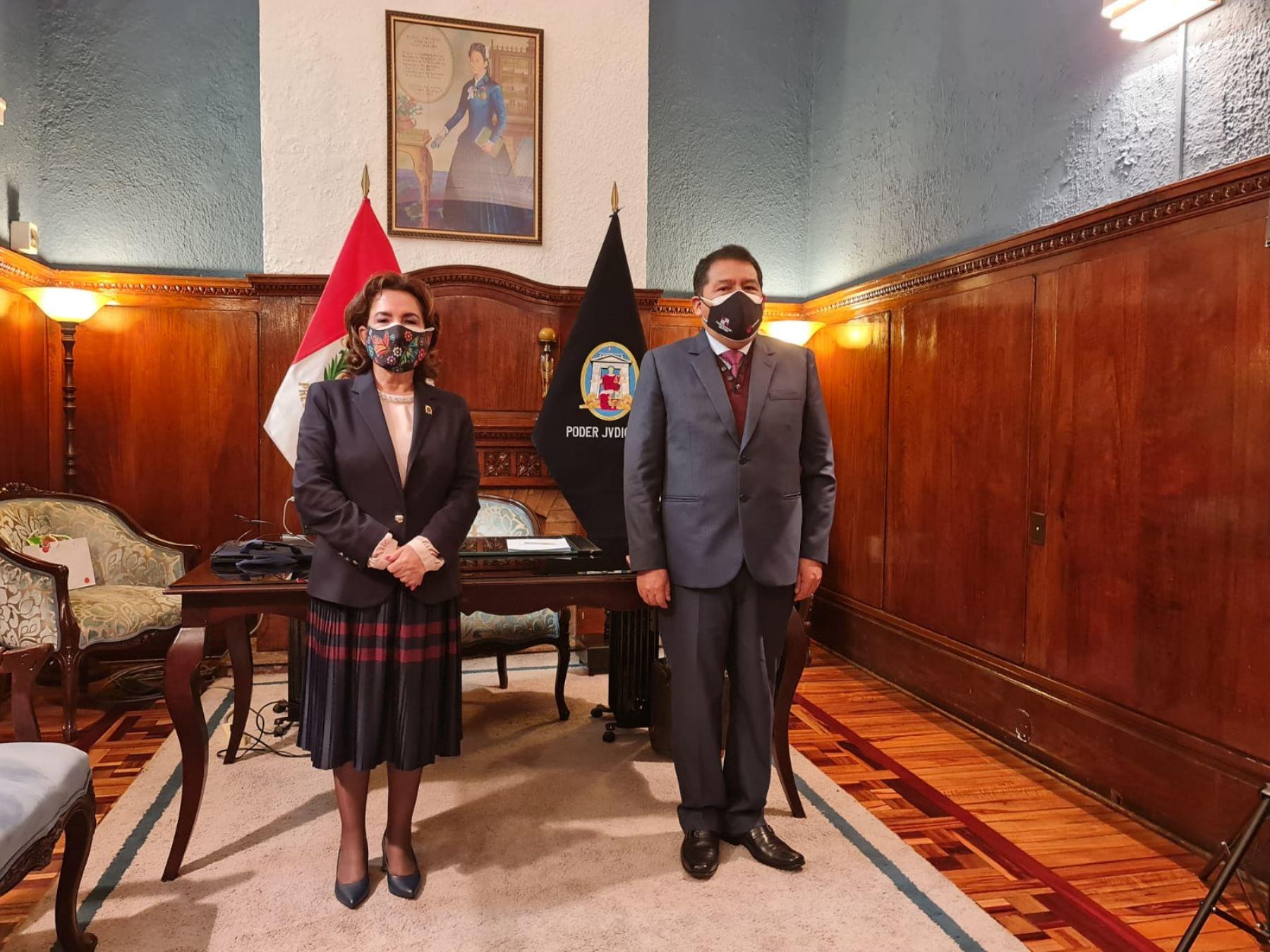 Presidenta del PJ. Elvia Barrios, se reunió con el presidente de la Corte Superior Nacional, César Sahuanay Calsín .
