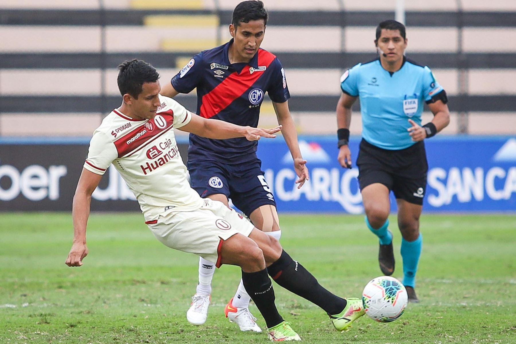 Universitario de Deportes se enfrenta a Deportivo Municipal en el estadio Miguel Grau del Callao por la Fase 2 de la Liga 1. Foto: FPF