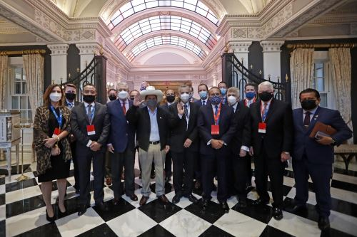 Presidente Castillo sostuvo encuentro con empresarios de la Cámara de Comercio Americana de Perú en Washington D.C.