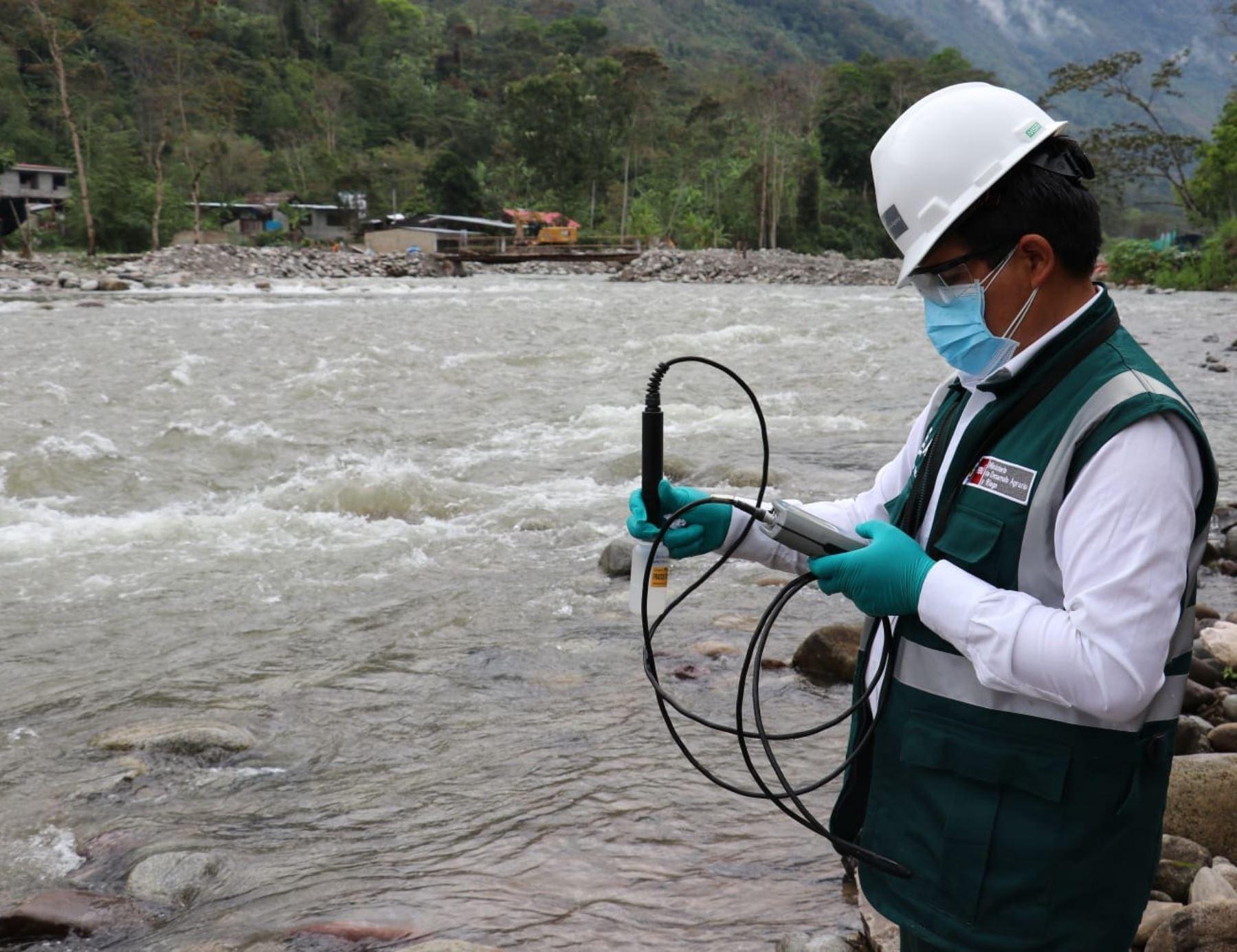 Especialistas de la Autoridad Nacional del Agua (ANA) culminan el monitoreo de la calidad del agua en ocho ríos de Junín y Pasco. ANDINA/Difusión