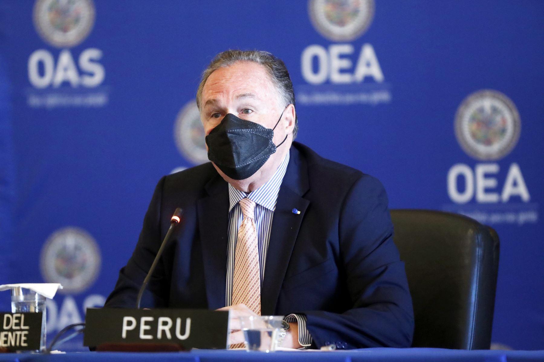 El representante permanente del Perú ante la Organización de Estados Americanos (OEA), Harold Forsyth, durante la Sesión del Consejo Permanente de la Organización de Estados Americanos (OEA), en Washigton D.C. Foto: ANDINA/Prensa Presidencia