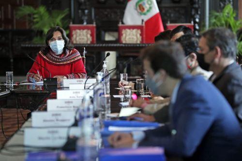 Vicepresidenta Dina Boluarte se reunió con operadores aerocomerciales y turísticos