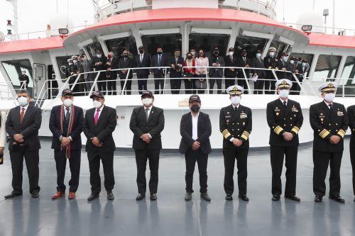 """Presidente del Consejo de Ministros junto a ministros de Estado, participa en la inauguración del seminario """"Prospectiva de Investigación Científica en el Mar de Grau"""""""
