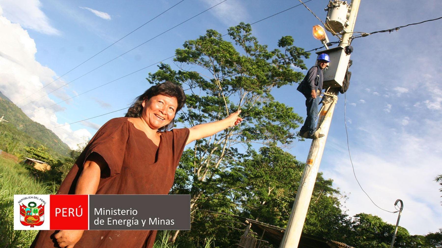 Loreto: iniciarán obras para restablecer suministro eléctrico en distrito Jenaro Herrera