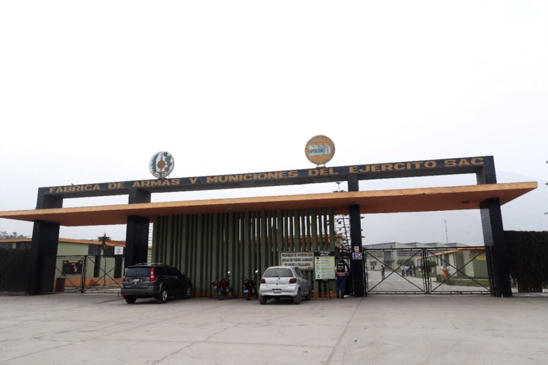 A consecuencia de una explosión se produjo un incendio en un polvorín dentro de las instalaciones de la Fábrica de Armas y Municiones del Ejército S.A.C (FAME SAC), Foto: Ministerio de Defensa