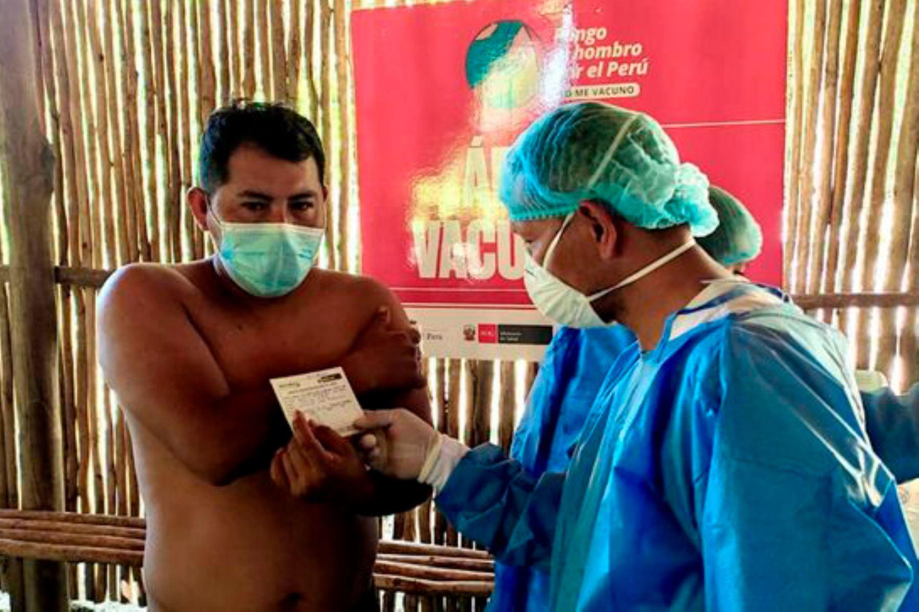 Con la vacunación, el Ministerio de Salud busca frenar el impacto de una posible tercera ola del covid-19. Foto: ANDINA/Minsa