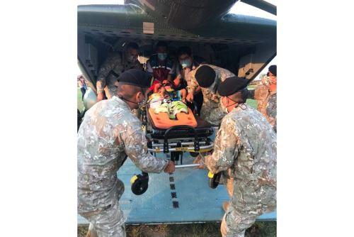 Ejército del Perú traslada en helicóptero a 4 menores de edad que necesitan atención médica especializada