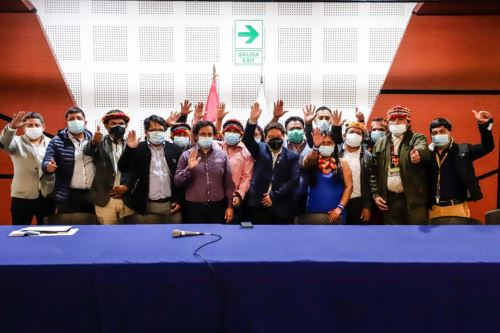 Premier Bellido participó de instalación del grupo de trabajo para el desarrollo integral de pueblos indígenas de la región Loreto