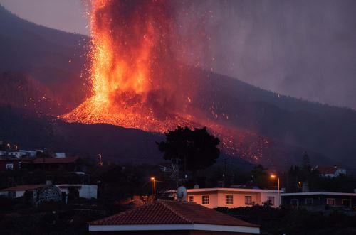 Quinto día de actividad del volcán de La Palma en España