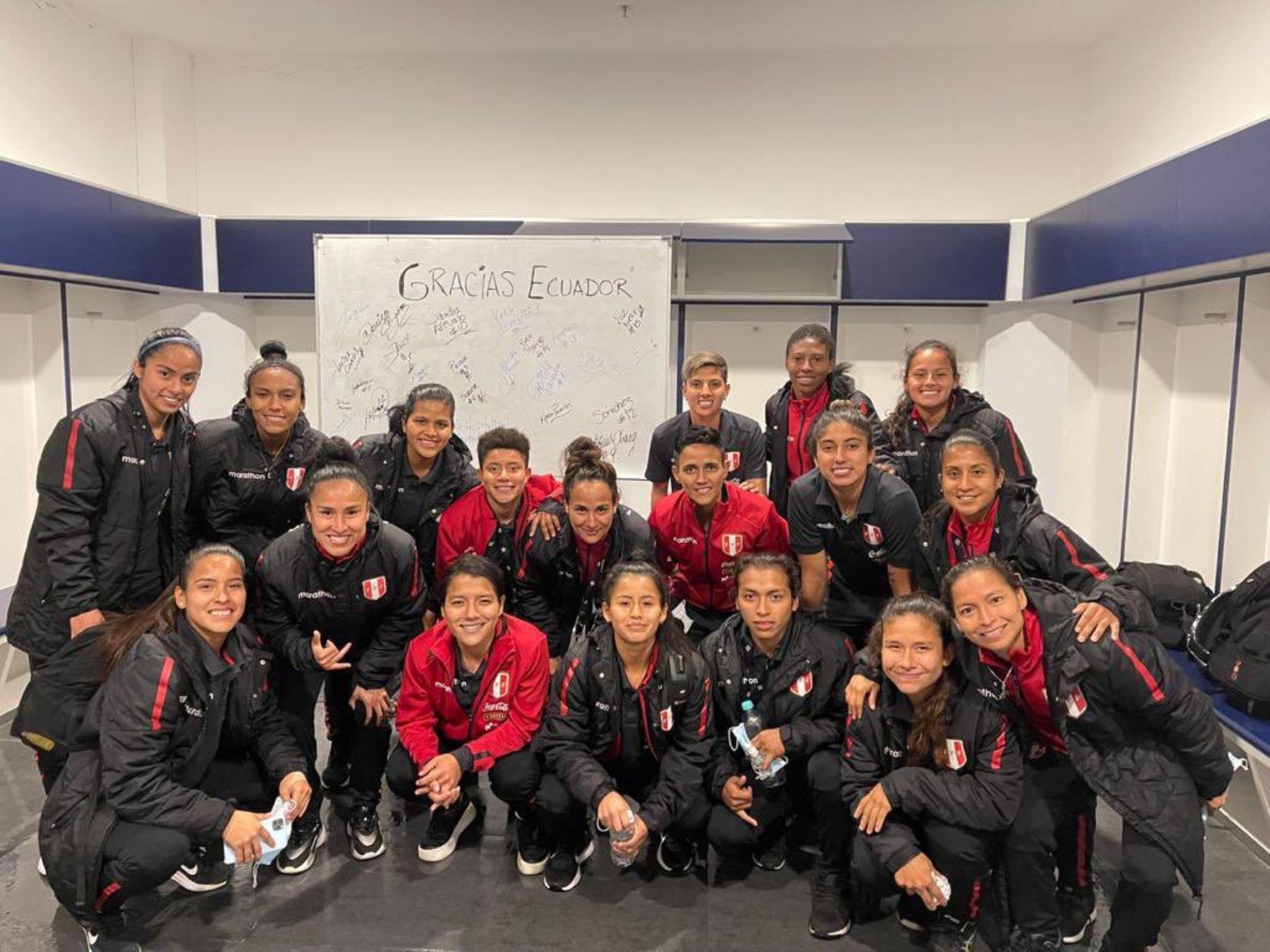 La selección peruana femenina llega hoy a Lima tras su periplo por Ecuador.
