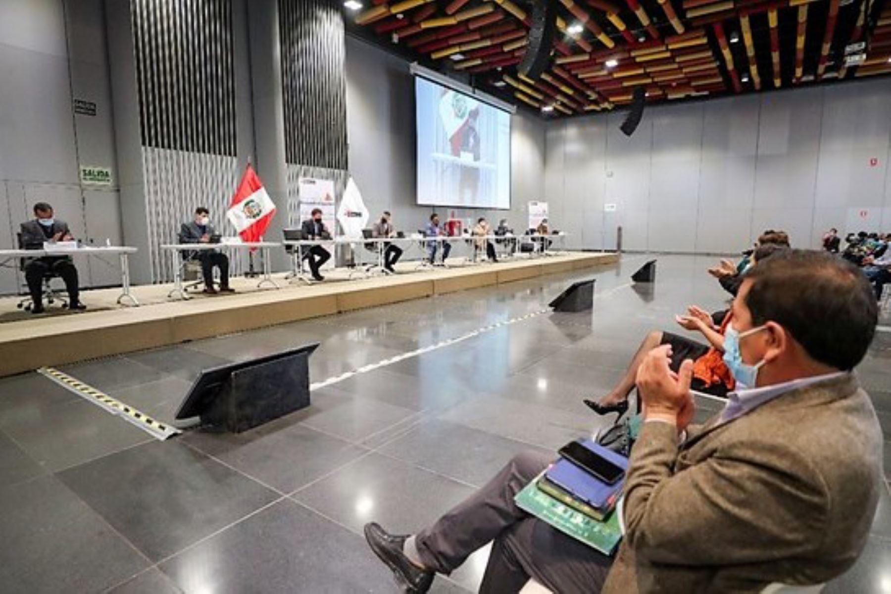 El Gobierno expresa su disposición para fortalecer los espacios de diálogo y entendimiento con los trabajadores.