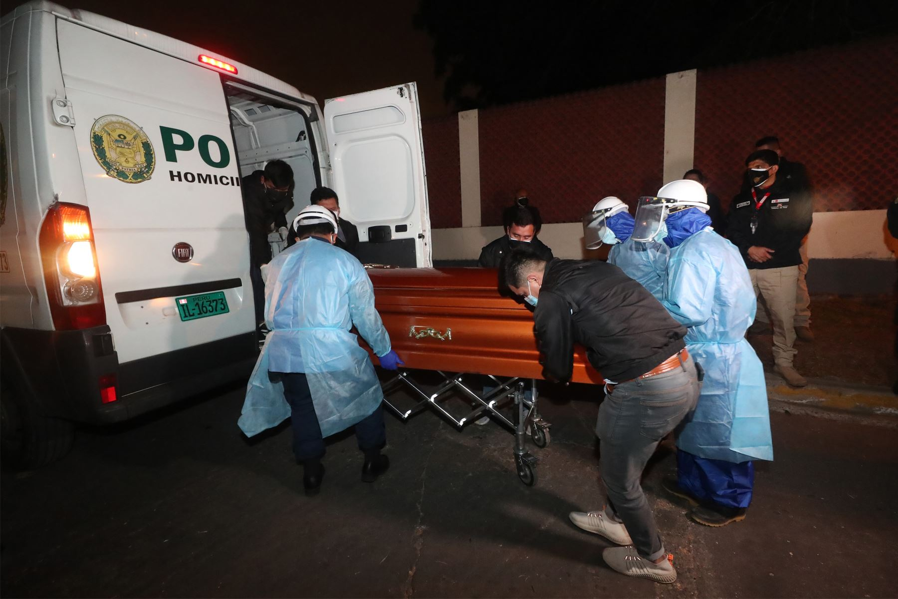 El Ministerio del Interior, Juan Carrasco informó que los restos del cabecilla terrorista, Abimael Guzmán, fueron cremados esta madrugada en la sede del Hospital Centro Médico Naval del Callao. Foto: Mininter