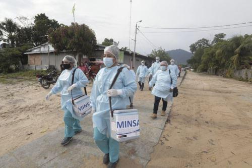El proceso de vacunación no se detiene en el Perú, porque el objetivo es vacunar a 28 millones 24,250 peruanos y peruanas. Foto: ANDINA/Minsa.