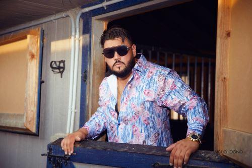 Israel Lukis Rico se abre paso en el mundo de la música.