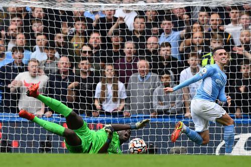 Premier League: City gana al Chelsea y se coloca en la punta