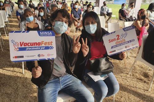 En el Perú  el 54 % de la población objetivo ya se aplicó la segunda dosis. ANDINA/Prensa Presidencia