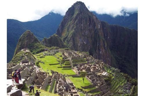 Luego de consagrarse como mejor destino turístico de Sudamérica 2021, la ciudadela inca Machu Picchu, el estandarte turístico de Perú, va por más y aspira a obtener la máxima distinción como Atracción turística líder en el mundo en la edición global de los World Travel Awards.  ANDINA/Difusión