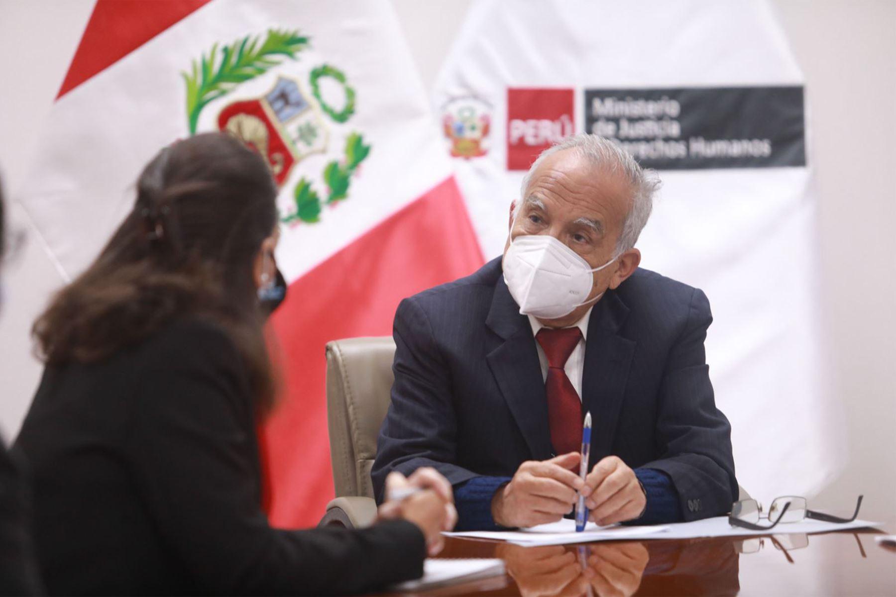 Ministro de Justicia señala que no habrá cuestión de confianza por ministro Maraví