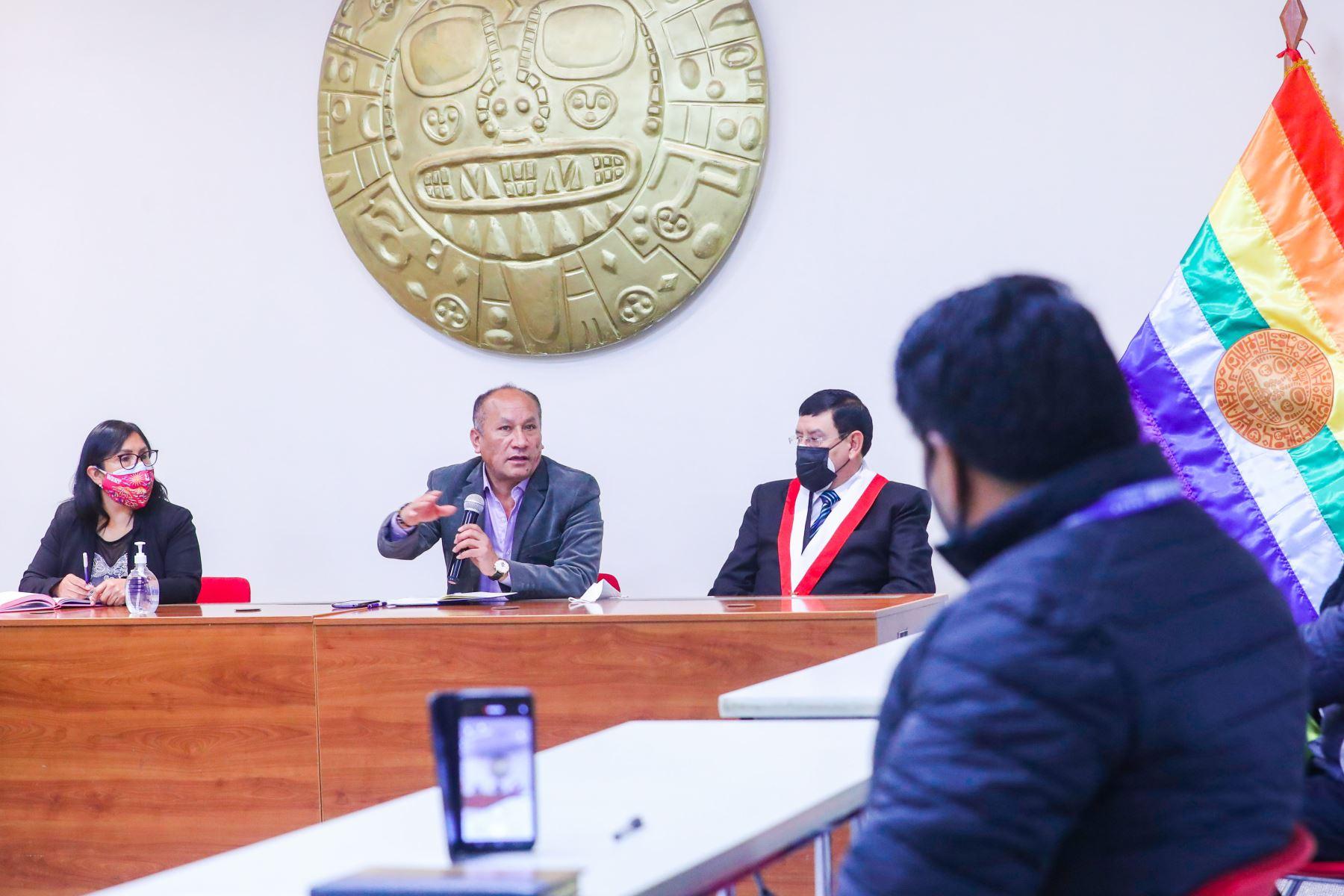 Juan Silva, Ministro de Transporte y Comunicaciones participó en la audiencia de la Comisión de Transportes y Comunicaciones del Congreso en el Cusco. Foto:MTC