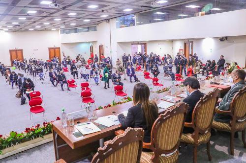 El ministro de Transportes y Comunicaciones participa en la primera audiencia pública descentralizada de la Comisión de Transportes y Comunicaciones del Congreso ,en la región Cusco