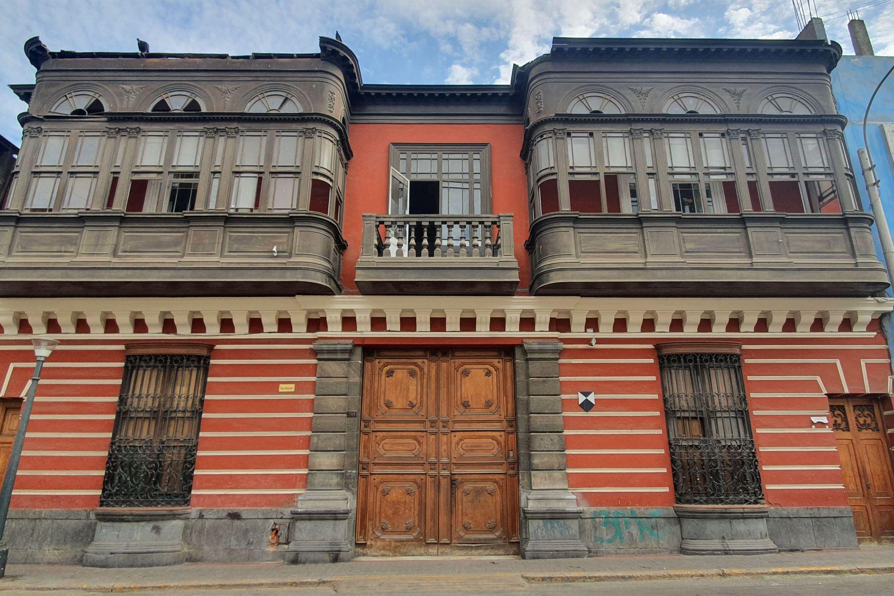 La Ensabap cuenta con tres locales: la sede central, la sede Canevaro y la sede Cultural. Además, posee un gran patrimonio estatuario, único en el ámbito latinoamericano. Foto: Ensabap