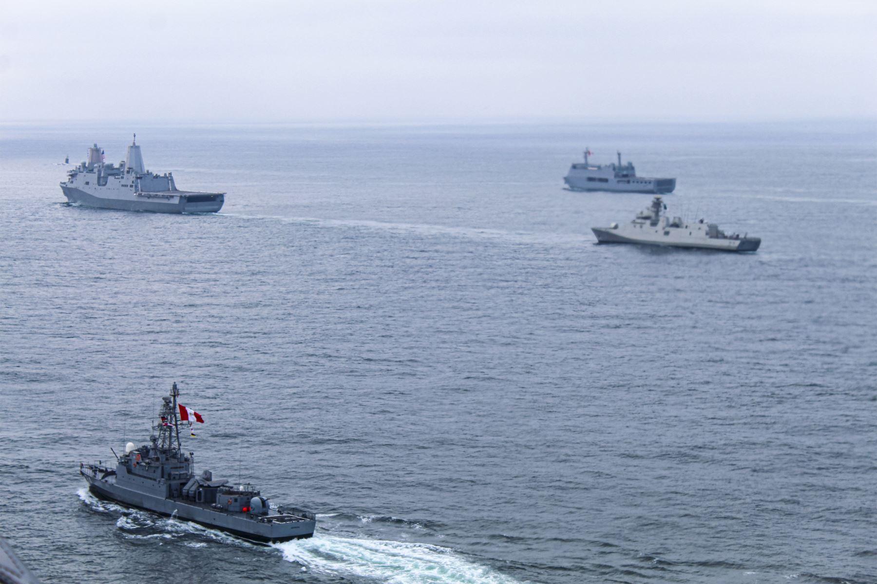 Ministerio del Interior saluda a la Marina de Guerra por su bicentenario