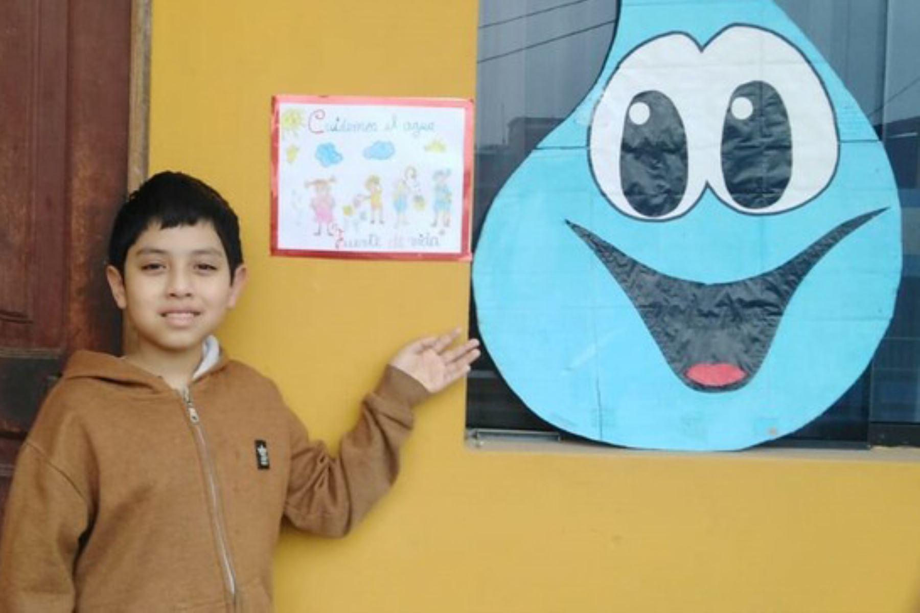 Moquegua: estudiantes promueven campaña sobre uso responsable del agua potable