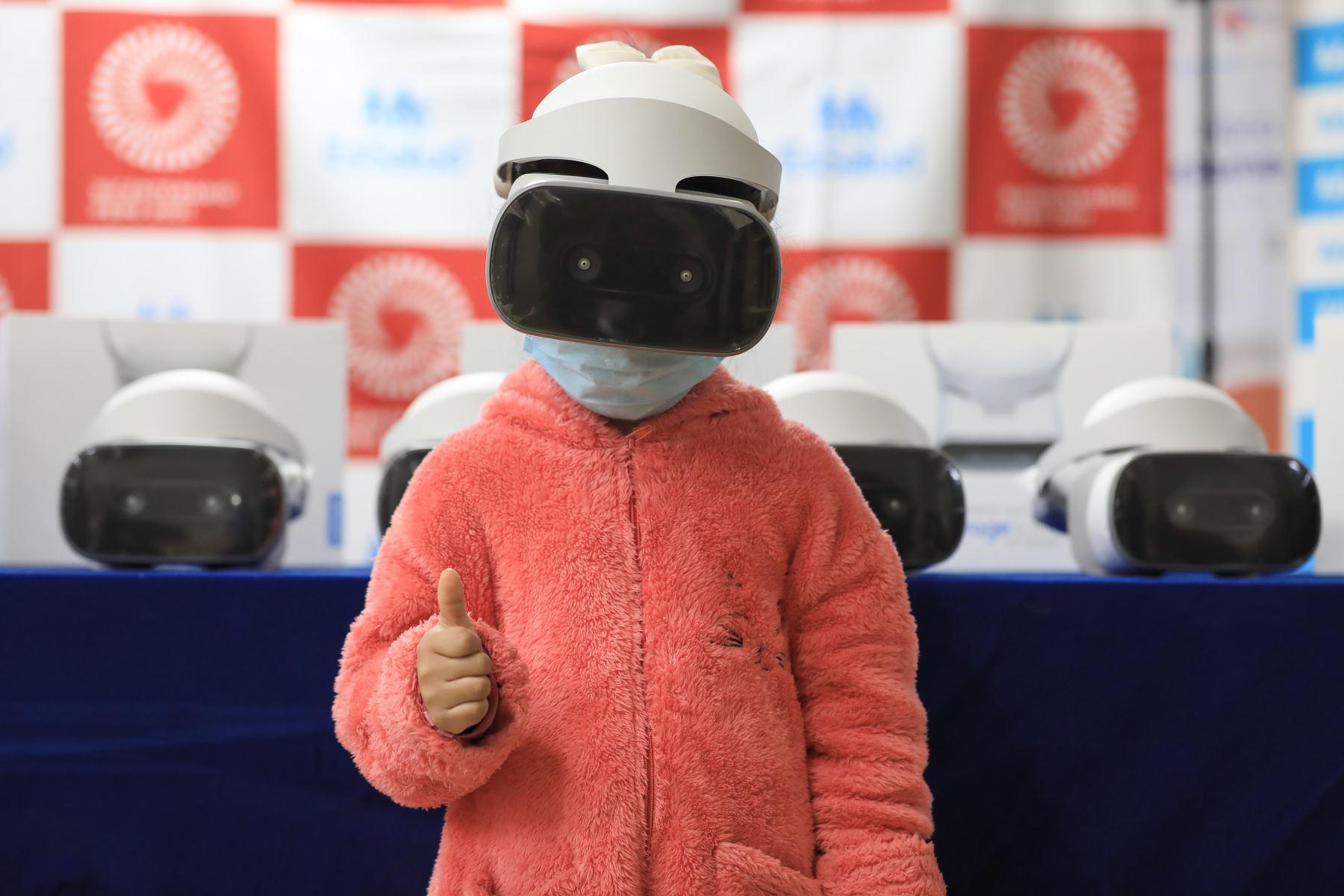 EsSalud: utilizarán realidad virtual para reducir estrés en tratamiento de cáncer infantil