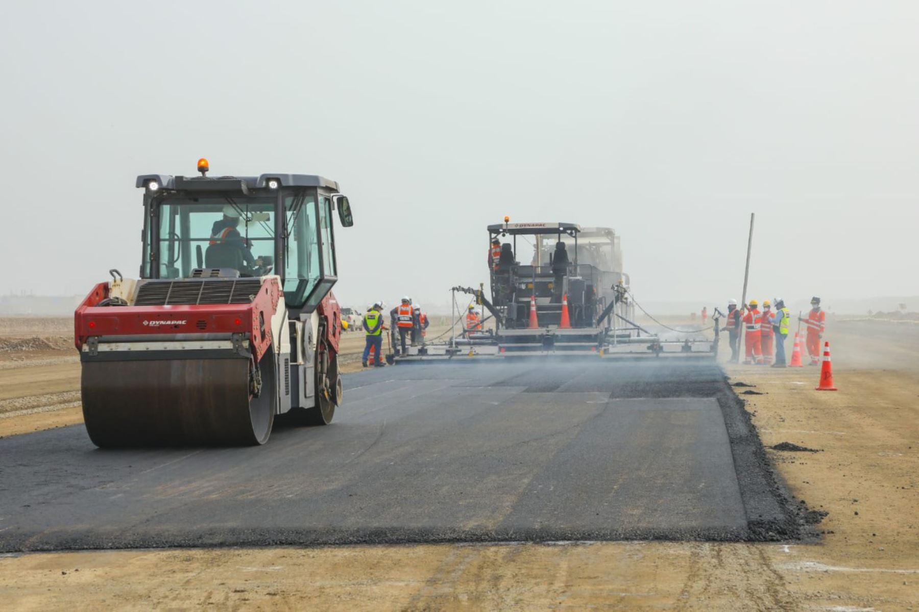 Presidente respalda inversión privada en última etapa de obras en aeropuerto Jorge Chávez