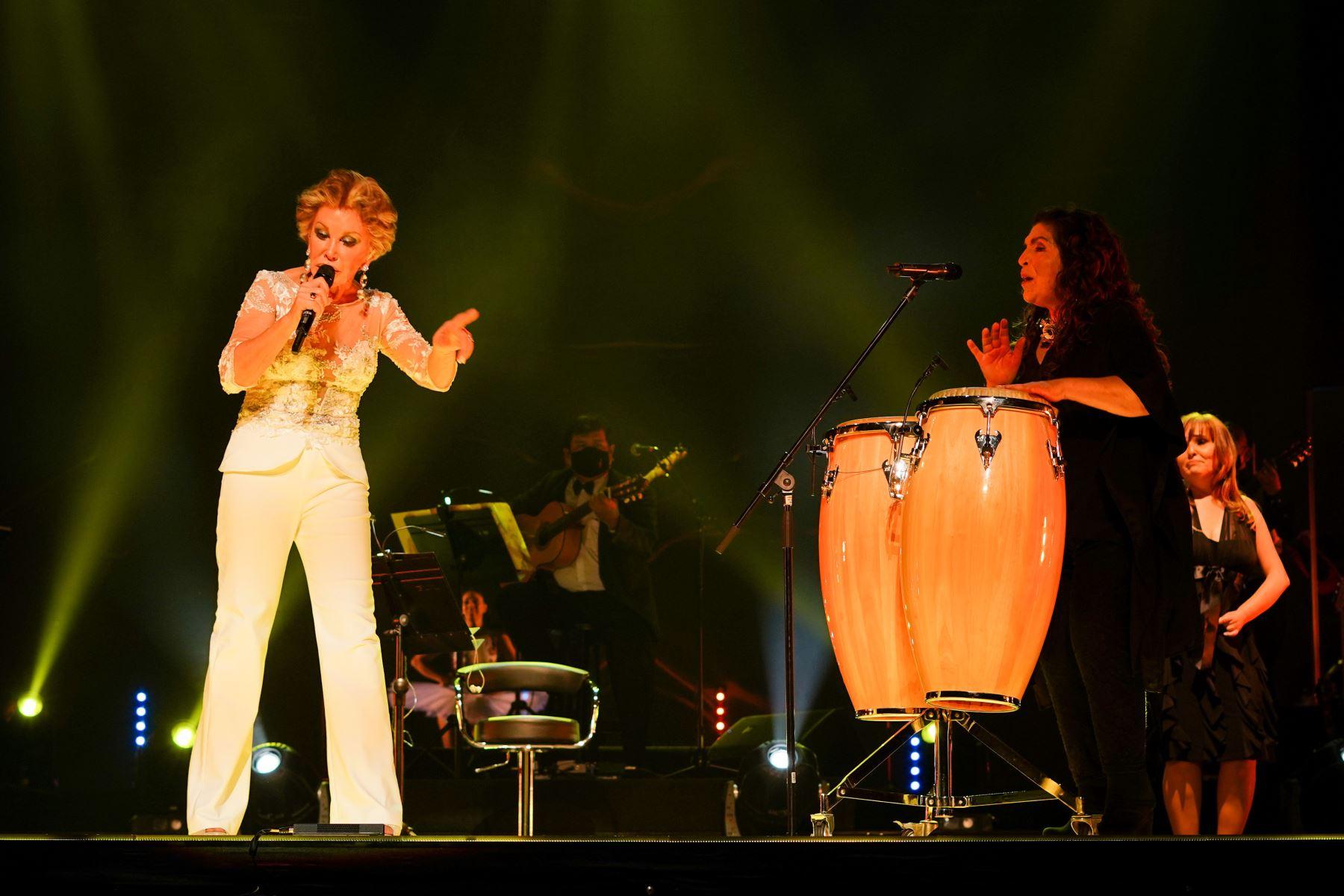 Cecilia Bracamonte: Volvió a escena con pop, balada, cumbia y los clásicos criollos