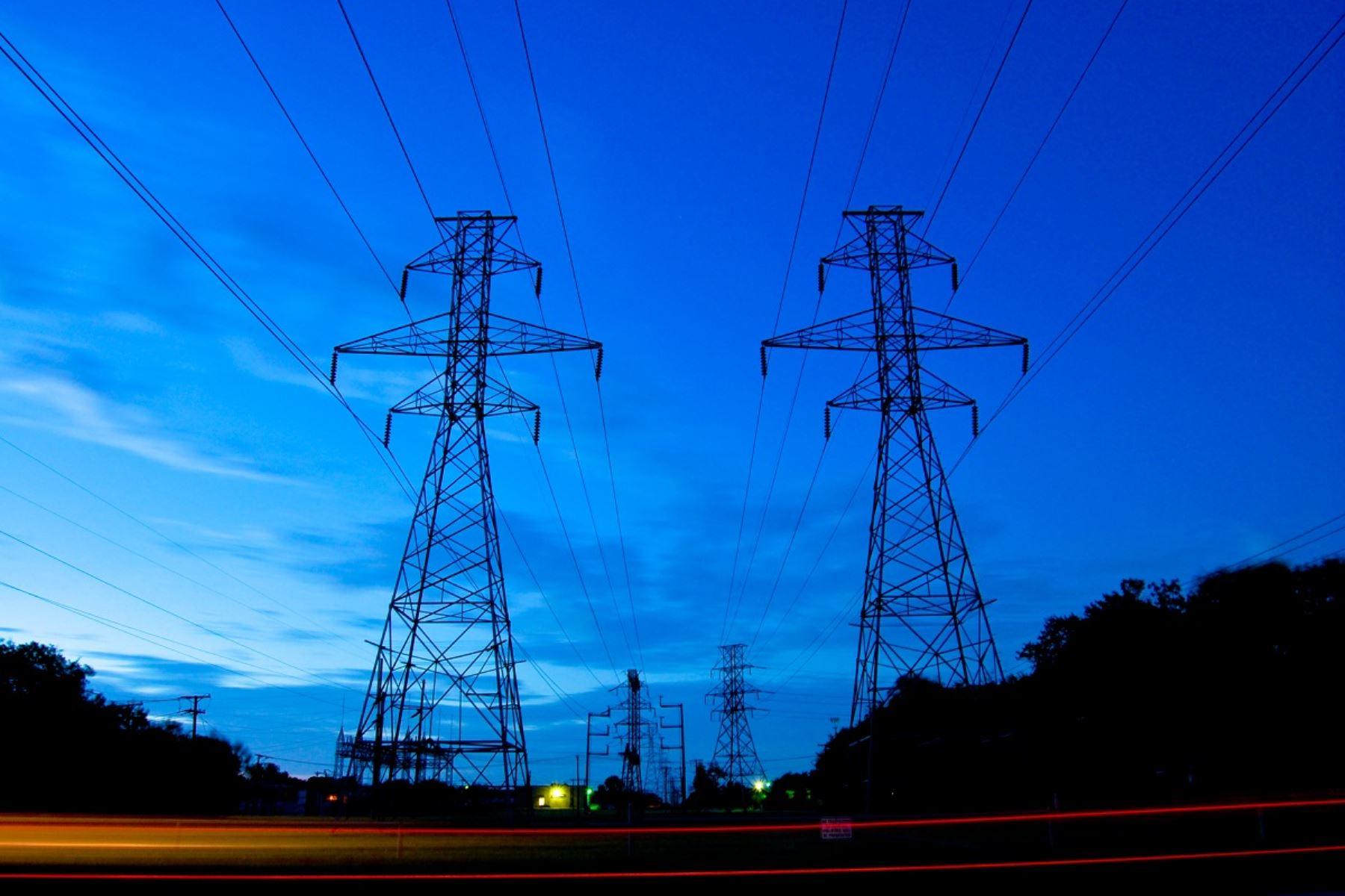 Convocan a concurso dos proyectos eléctricos que beneficiarán a Lambayeque y Tumbes