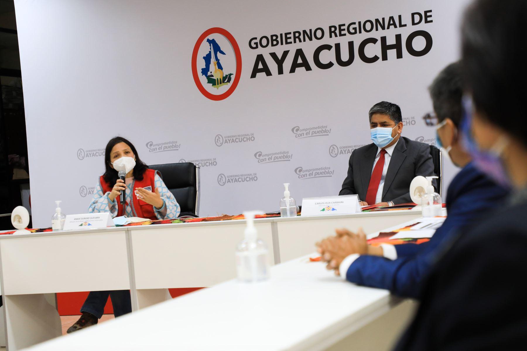Ayacucho: coordinan acciones en favor de las mujeres y poblaciones vulnerables