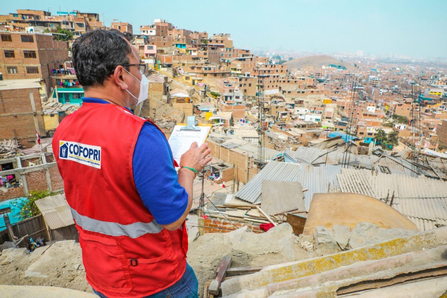 Cofopri formalizará más de 1,000 pueblos y beneficiará a 105,000 familias