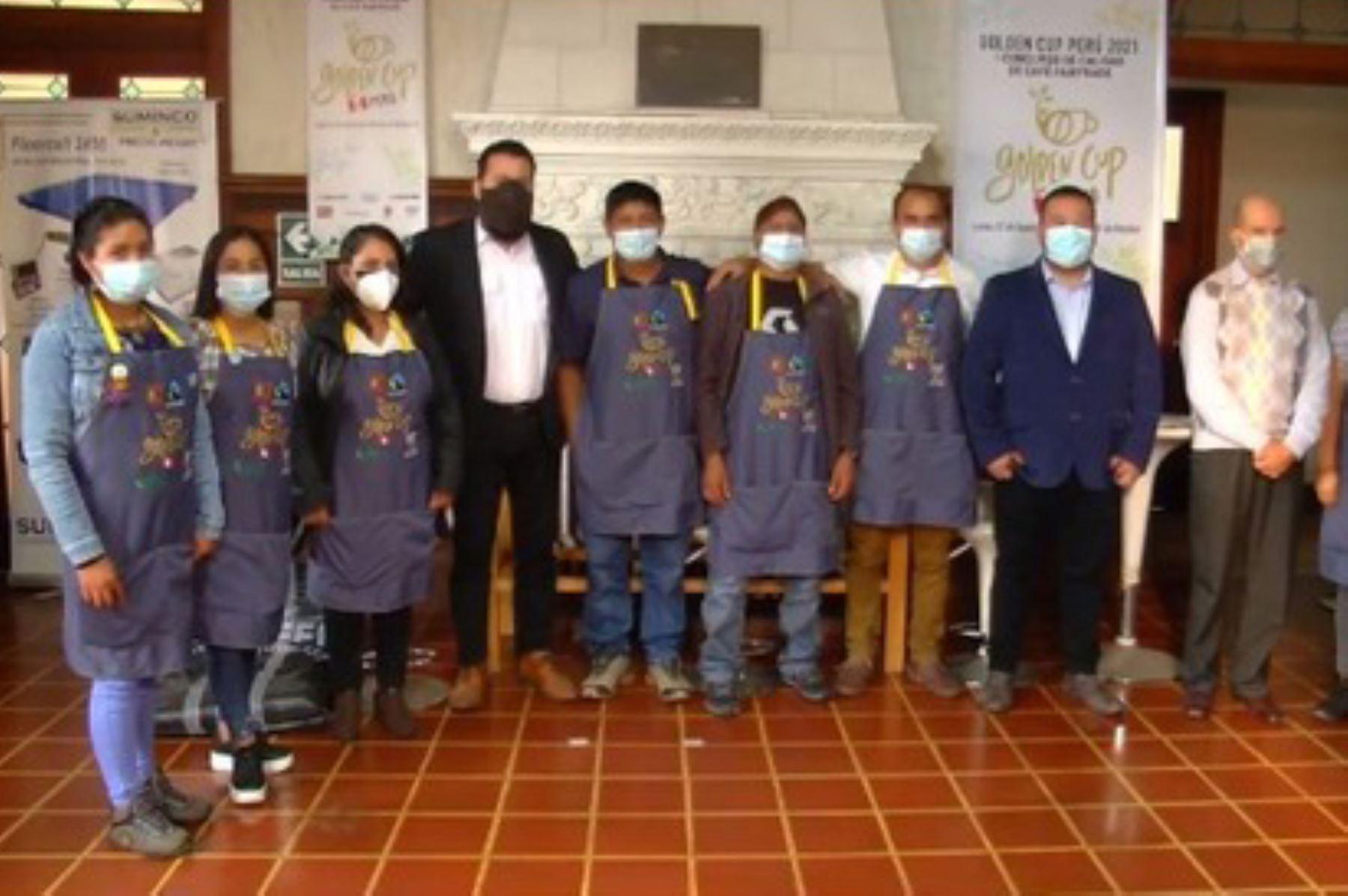 Golden Cup 2021: participaron 18 organizaciones caficultoras de Junín, Cusco y Puno