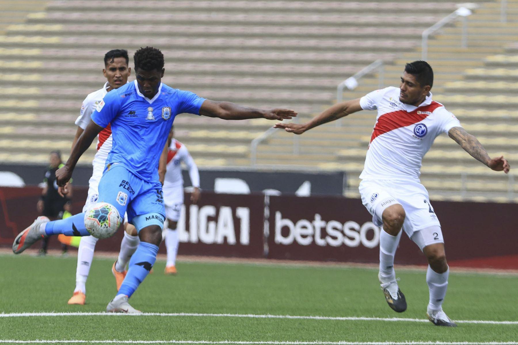 Binacional volteó el marcador y ganó 2-1 a Deportivo Municipal