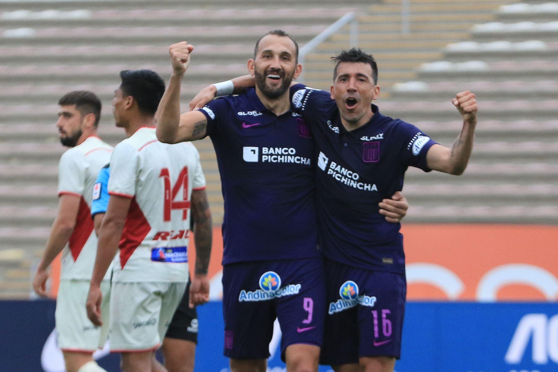 """Fase 2: Alianza Lima a un paso de ganarla y la \""""U\"""" de la Copa Libertadores"""