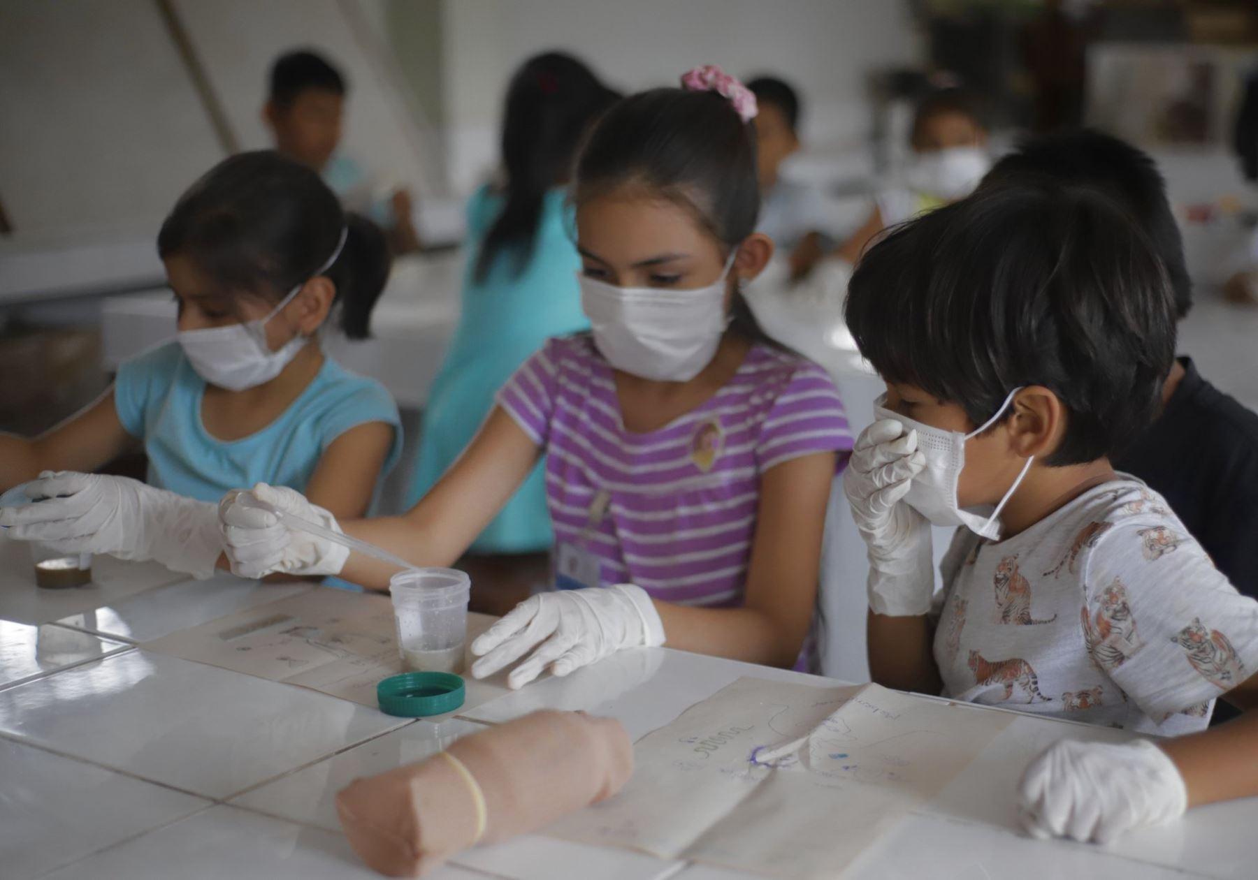 "Concurso \""Inventores del futuro\"" recibe 87 proyectos de escolares a nivel nacional"
