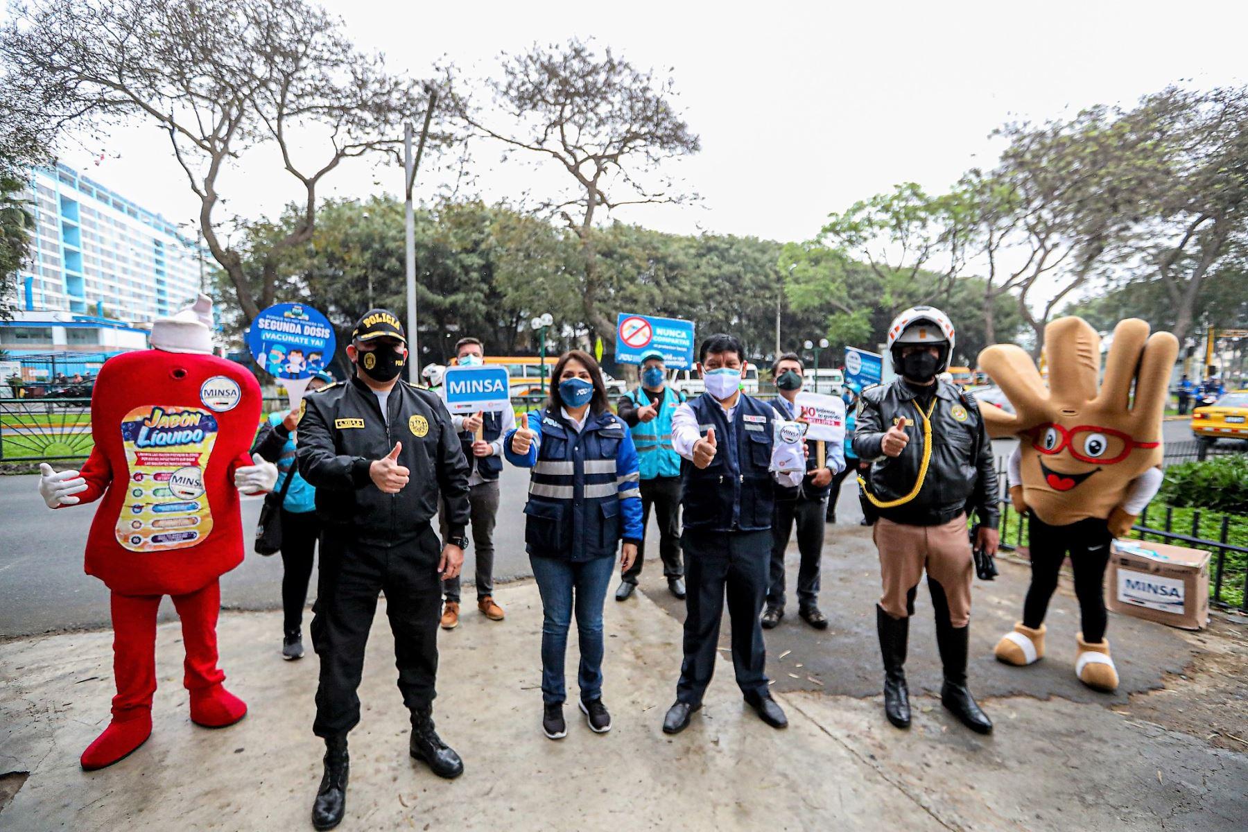 ATU, Minsa y PNP promueven vacunación de usuarios y operadores del transporte público
