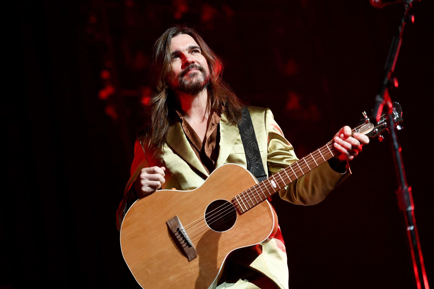 """Juanes: \""""Los Latin Grammy tienen que dar espacio a otro tipo de música\"""""""