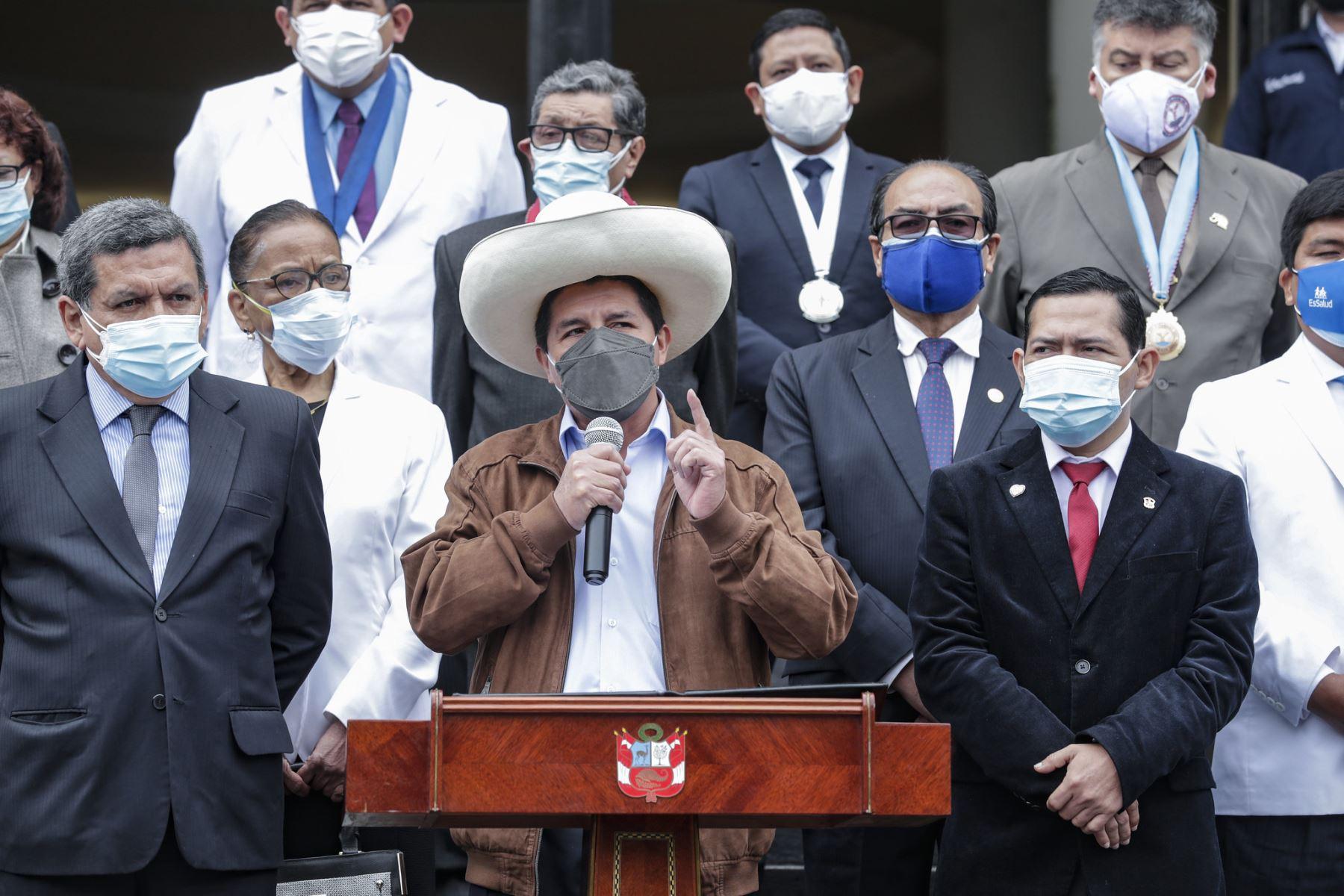 Jefe del Estado hace un llamado a dejar las diferencias y trabajar unidos por la salud