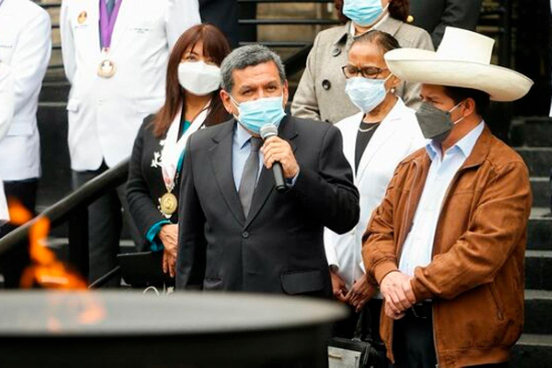 Cevallos: el avance de la vacunación es el éxito de todos los trabajadores de salud