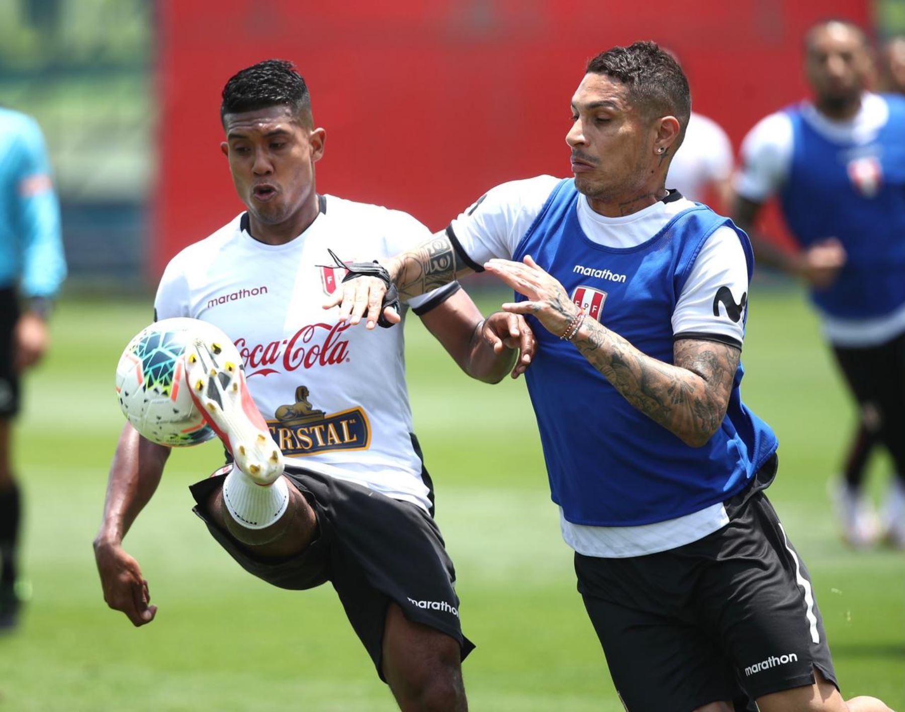 Selección peruana trabaja con todo su poderío para enfrentar a Chile
