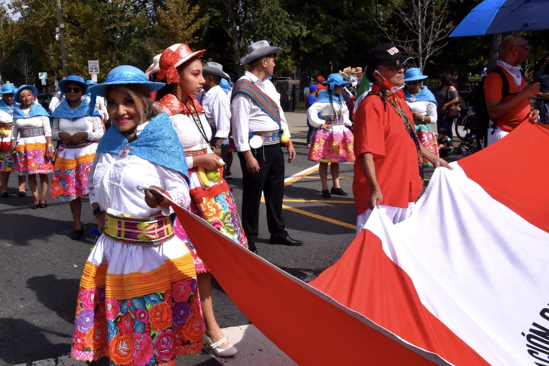 Perú se lució en desfile Estatal Hispanoamericano de Nueva Jersey