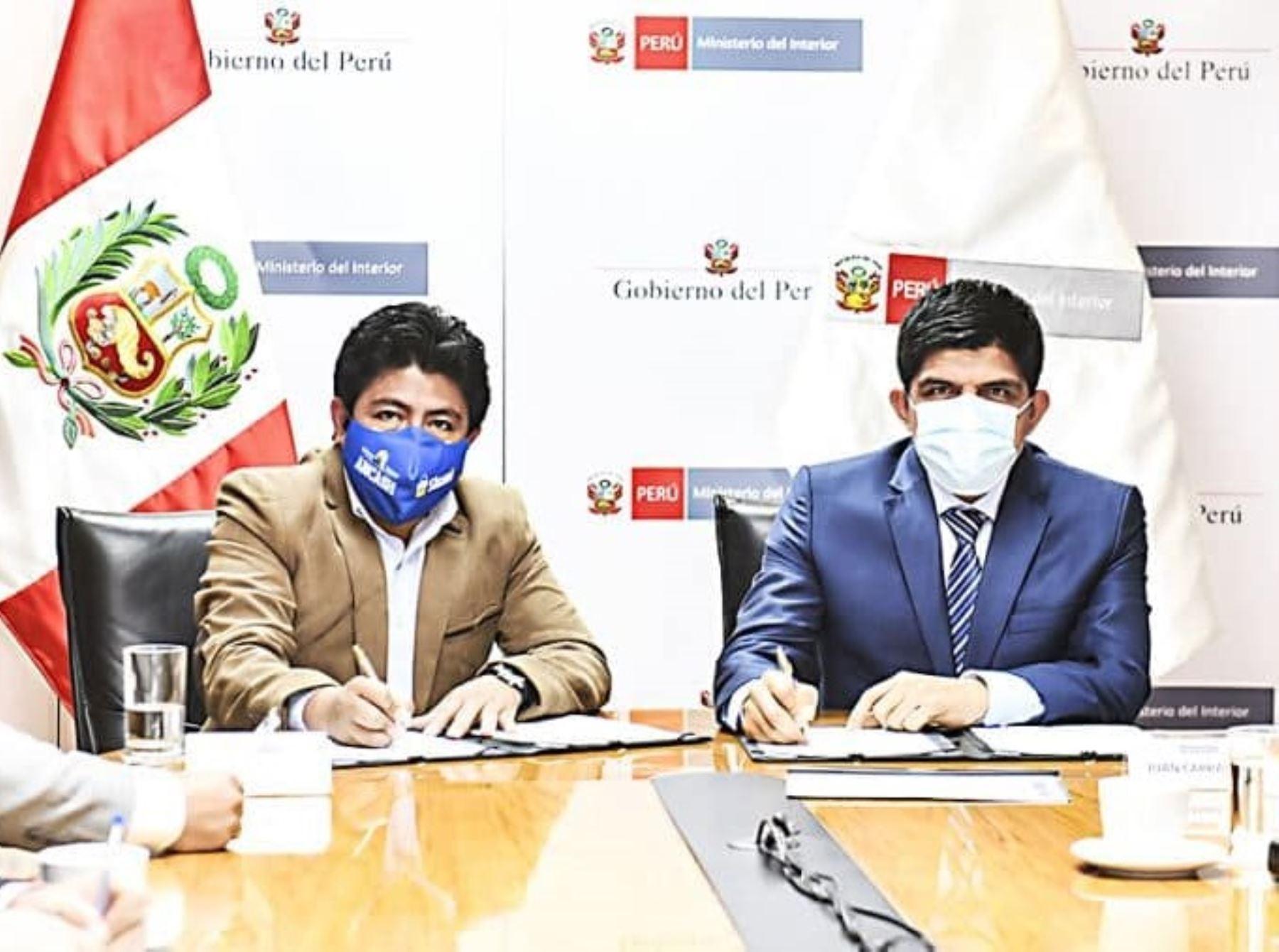 Áncash: firman convenio para fortalecer la seguridad ciudadana en la región
