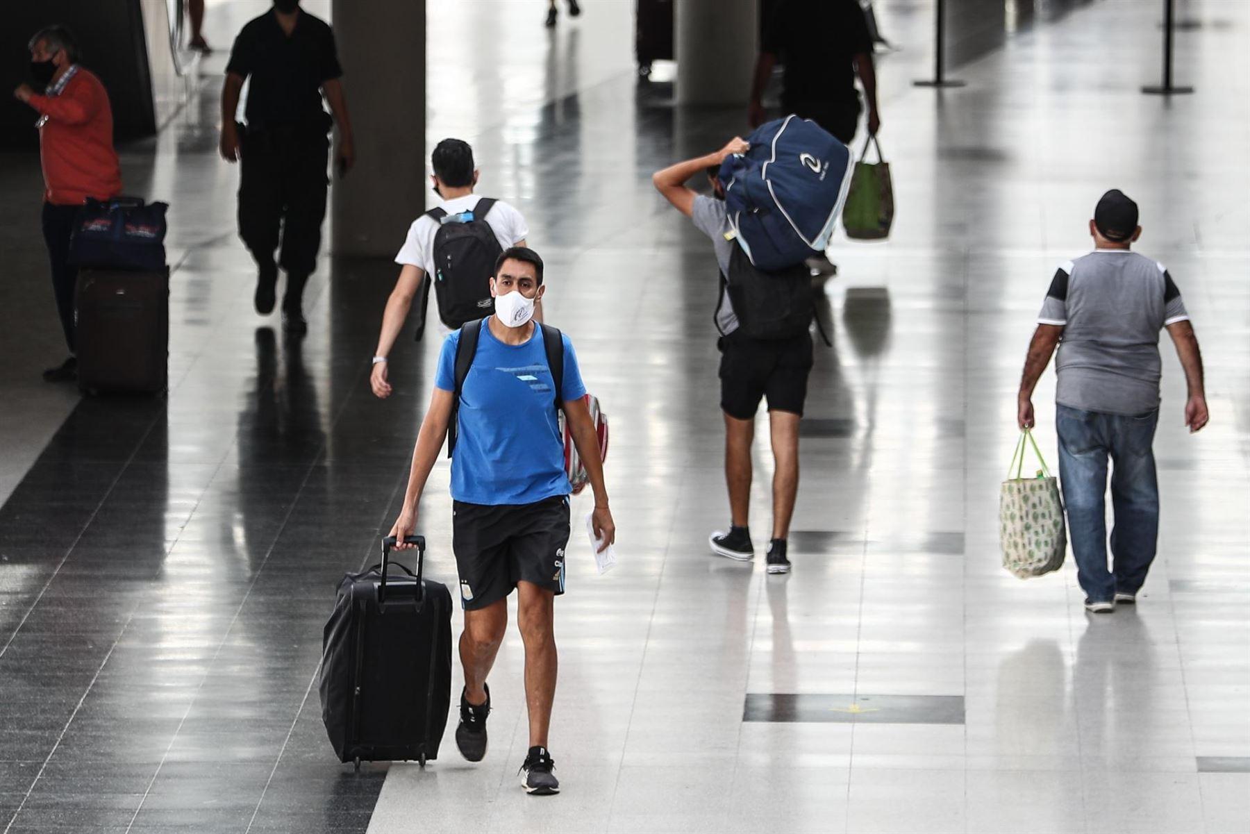 Argentina levanta el cupo de entrada de viajeros internacionales por avión