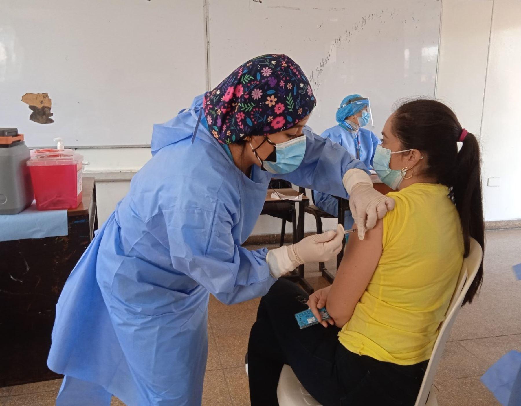 La Libertad: más de 17,000 ciudadanos extranjeros recibieron la vacuna contra el covid-19