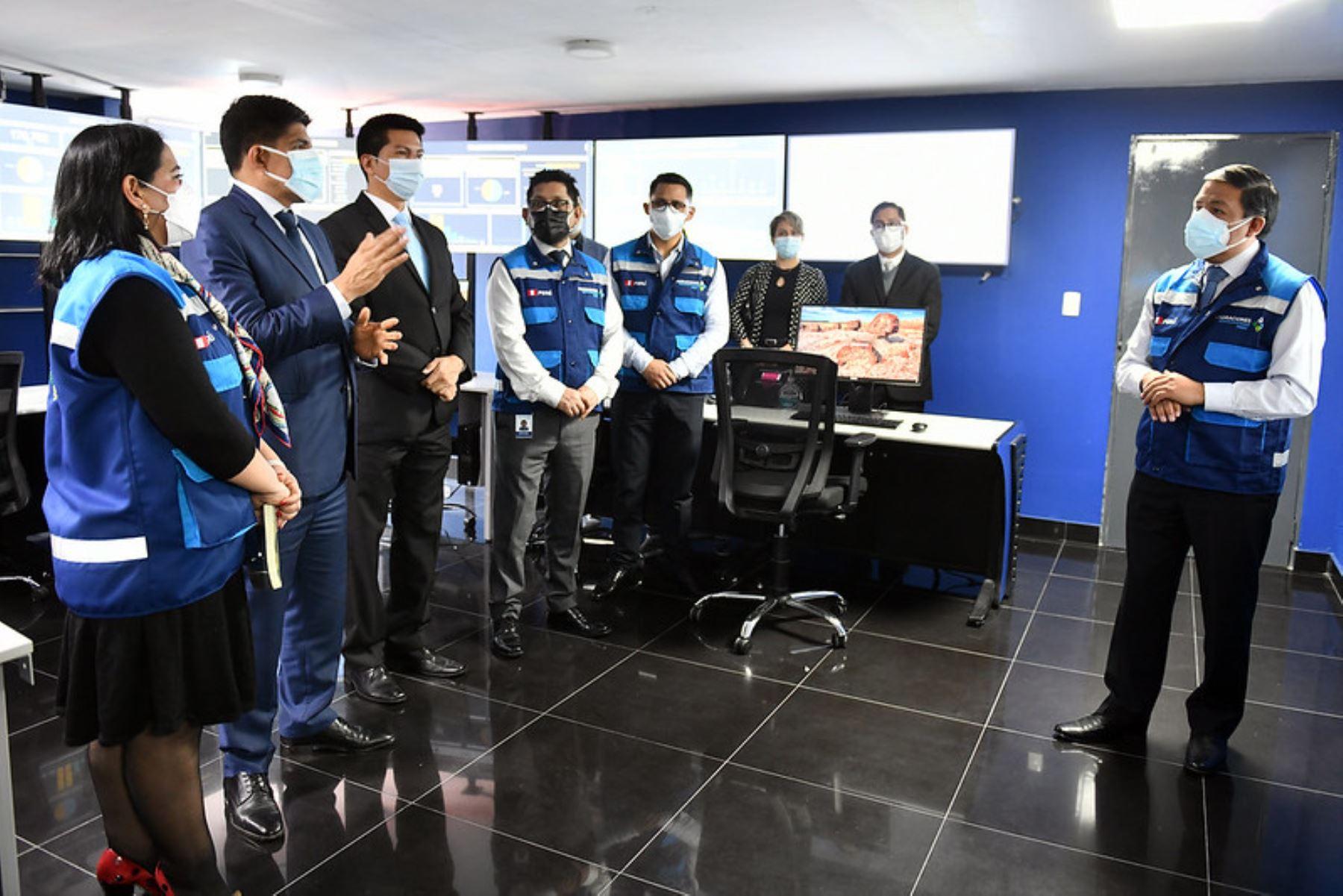 Ministro Carrasco supervisa funcionamiento de servicios y controles migratorios en Breña