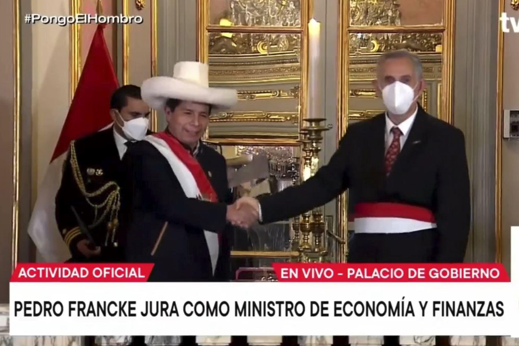 Pedro Francke es ratificado como ministro de Economía y Finanzas